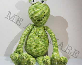 Crochet Frog Kobus