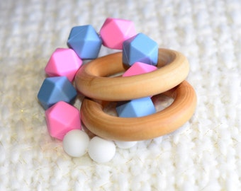 Infant Teething Ring Maple Wood, Gift for moms Silicone Geometric Beads - Baby Teething Toy, Baby TeetherBaby Shower, Gift for Baby