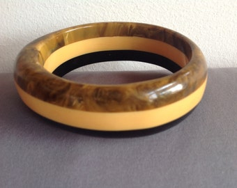 Vintage 3 color oval Bakelite bangle bracelet