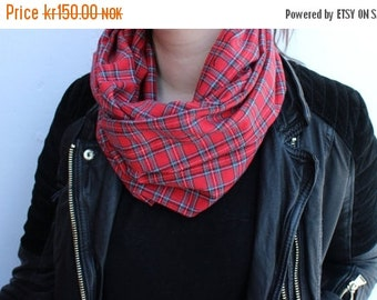 ON SALE Plaid infinity scarf - super soft!