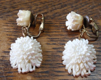 Painted Ivory color Rose and Chrysanthemum clip dangle earrings