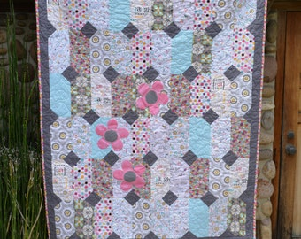 Baby Quilt/Happy, Love,& Laugh Theme