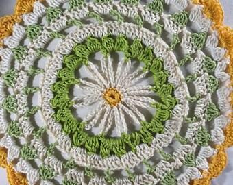 Crochet Daisy Mandala 26cm diameter