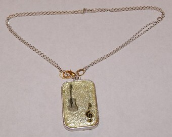 Special music lover's necklace