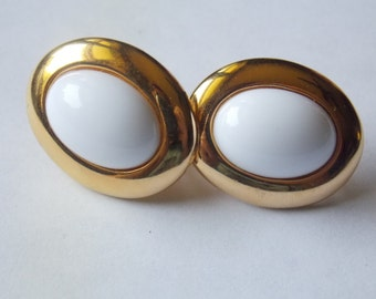 Napier Gold tone White oval clip on earrings Napier earrings gold tone earrings