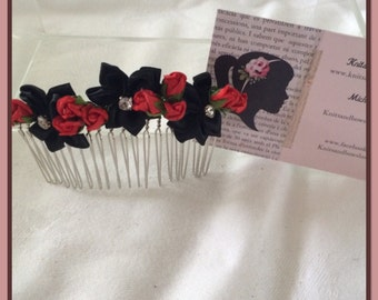 Black flower comb