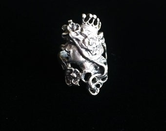 Sterling Art Nouveau Ring, Crowned Profile