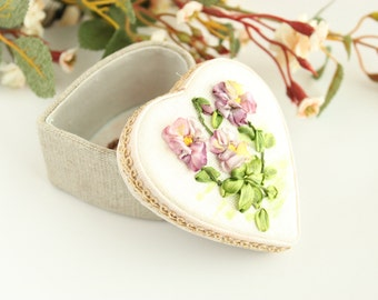 Hand Embroidered Jewelry and Gift Box
