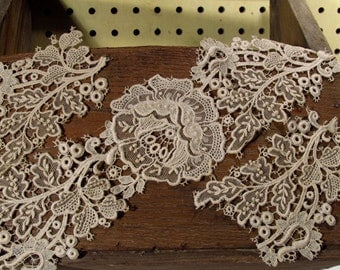 Victorian Remnant White Lace Pieces