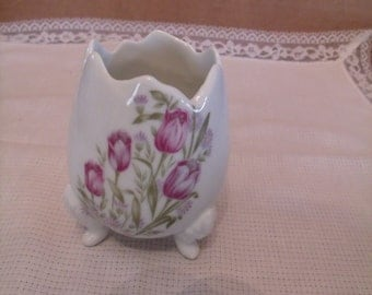 Vintage Egg Shaped Porcelain Vase with Flower print