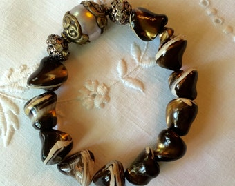 Naturaly Formed Brown/White (Dyed) Pearl Bracelet