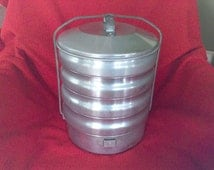 Aluminum Pie taker, stackable food carrier, kitchen , camping , picnic basket