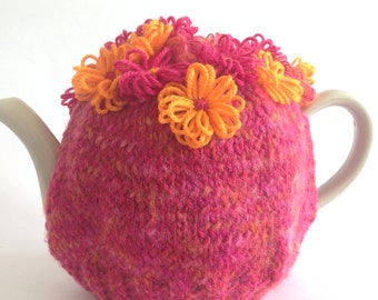 Crazy Daisy Garden Tea Cosy - large