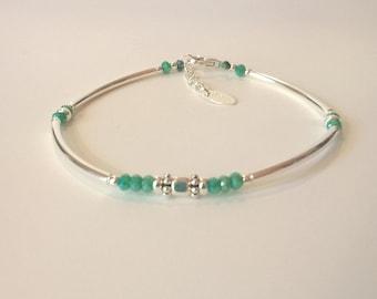 Bracelet quart de jonc argent 925, perles en cristal de swarovski turquoise