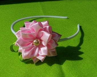 Kanzashi hair bow, handmade