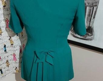 SALE: Vintage Emerald Gem blouse