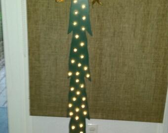 Wood craft holiday tree