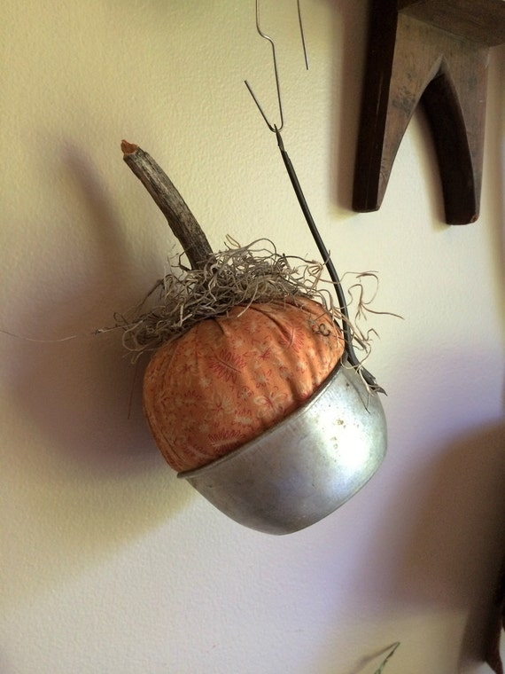 Pumpkin Pod Old Strainer Peg Hanger Fall Halloween Vintage Primitive Farmhouse FAAP