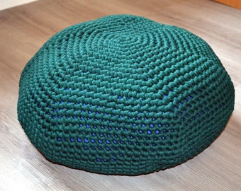 Green Pouffe filigree hand in recycled fabrics