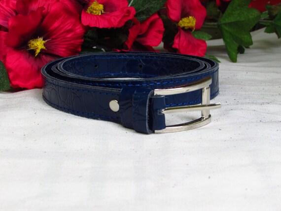 Blue leather belt, Women's blue belt, crocodile print belt, blue crocodile print belt, 2.5cm width belt, Leather women belt, Belt for women