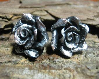Earrings with flowers,earrings with roses, earrings of polymer clay, cold porcelain earrings,stud earrings, rose,metal imitation