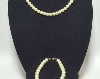 3pc Cream Glass Pearl Necklace Set