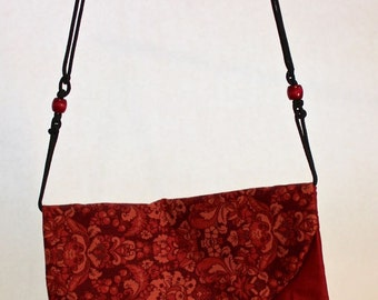 Burgundy flower bag with 2 pockets Item #B7