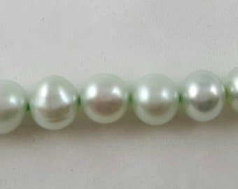 Vintage mint green freshwater pearls necklace