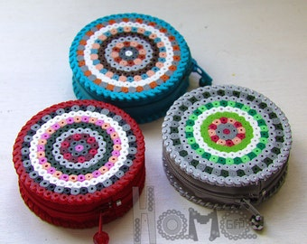 Red-grey - turquoise purse perler