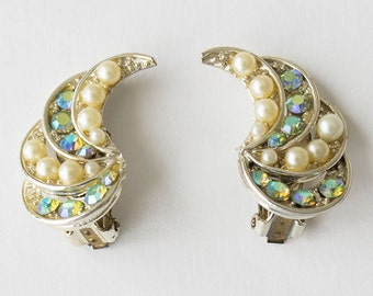 Gorgeous Vintage Iridescent Aurora Borealis Rhinestone and Faux Pearl Large Clip On Earrings