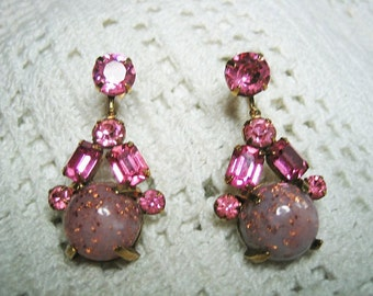 Vintage 50s Pink Rhinestone Confetti Prong Set Screw on Earrings