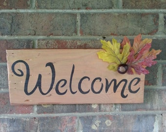 Welcome Wall Mounted Hanging Sign - Handmade - Pallet Board - Mounted Board - Fall Decor - Fall Decoration - Rustic