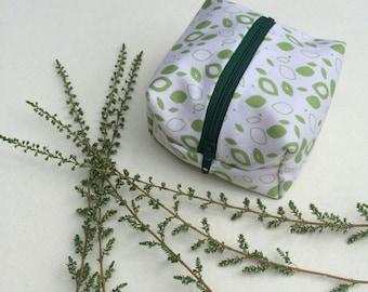 Coin purse / pouch makeup bag / pouch - Green