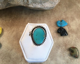 Vintage Navajo Turquoise & Sterling Silver Ring Size 5