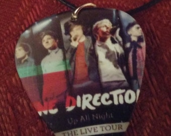 Opening Special One Direction Jewelry Set: Earrings and Necklace - Up All Night - The Live Tour