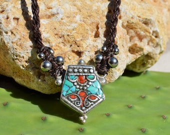 Beautifull Gorgeous Turquoise Coral Necklace