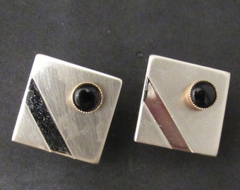 1940s-50s Vintage Men's Goldtone and Faux Black Onyx Cuff Links - Very Mad Men/ Gatsby like