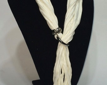 White Ribbon necklace with knot