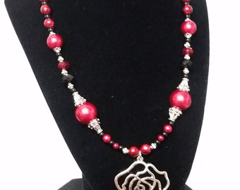Paint the Roses Red, Alice in Wonderland inspired cosplay necklace