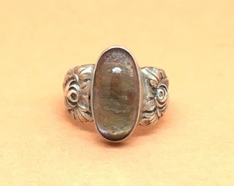 Sterling silver gem set ring
