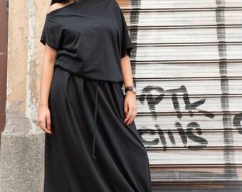 Plus Size Dress, Off Shoulder Dress, Gothic Dress, Boho Maxi Dress, Avant Garde Dress, Black Maxi Dress, Long Maxi Dress, Floor Length Dress