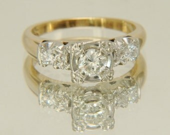 Vintage 14K Yellow Gold 1940's .56ctw Diamond Engagement Ring Size 6