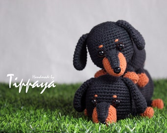Crochet pattern of Dachshund pencil case and Dachshund Amigurumi