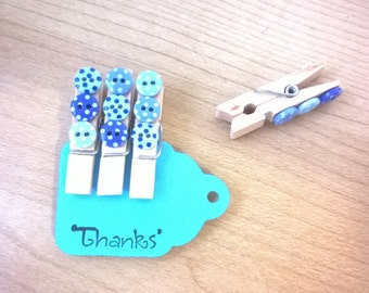 4 x decorative magnetic pegs