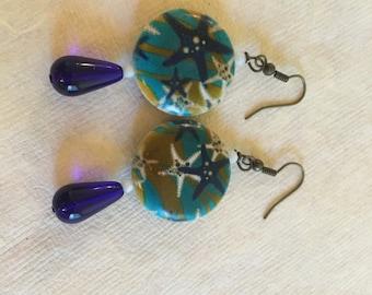 Starfish motif earrings.