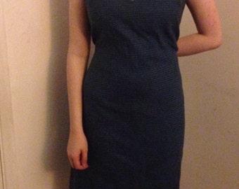 Vintage V Neck Dress size 14-16