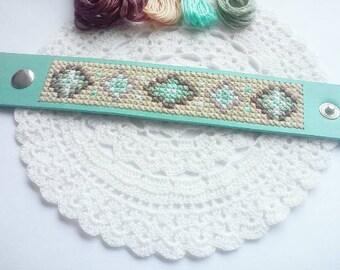 Minty aztec bracelet