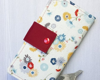 Country wild floral Womens Bifold wallet, womans handmade fabric clutch wallet, checkbook wallet, credit card wallet, slim travel wallet