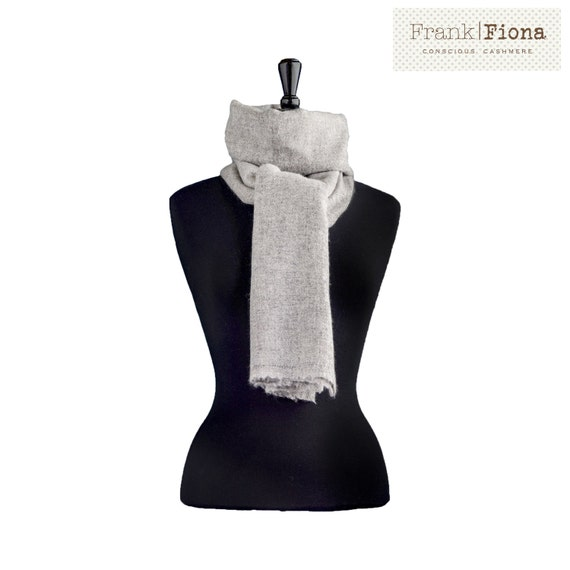 100% Pure Organic Cashmere Shawl, Grade A Mongolian Cashmere,Christmas Present,28 x 80 inches,Light Gray,Thick Knitted Scarf,Eco Friendly,4T