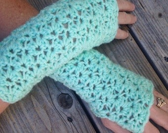 Madeline Fingerless Mitts, Crochet Accessories, Crochet, Crochet Wrist Warmers, Crochet Fingerless Mitts, Crochet Gloves, Madeline Set